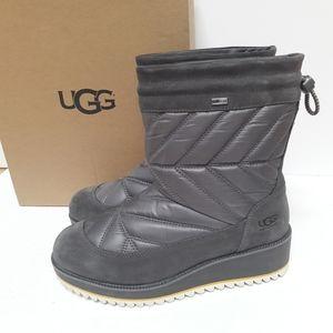 SALE!! New UGG Beck Boots Sz 8